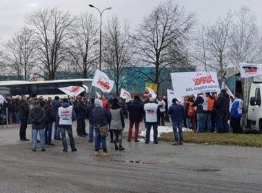 obraz dla wpisu: Związki w Comau Poland podpisały porozumienie z pracodawcą w/s zwalnianych pracowników