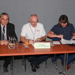 Komisja Uchwał i Wniosków