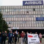 obraz dla wpisu: Związkowcy z AIRBUS POLAND nadal walczą