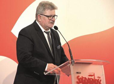 obraz dla wpisu: T. Majchrowicz: W czwartek – 4 kwietnia o 15:00 – protestujemy przed wszystkimi Urzędami Wojewódzkimi