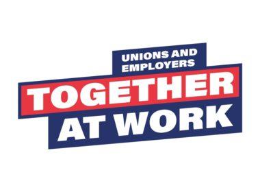 obraz dla wpisu: Październik: pracownikom lepiej się przyłączyć do związku i negocjować wspólnie